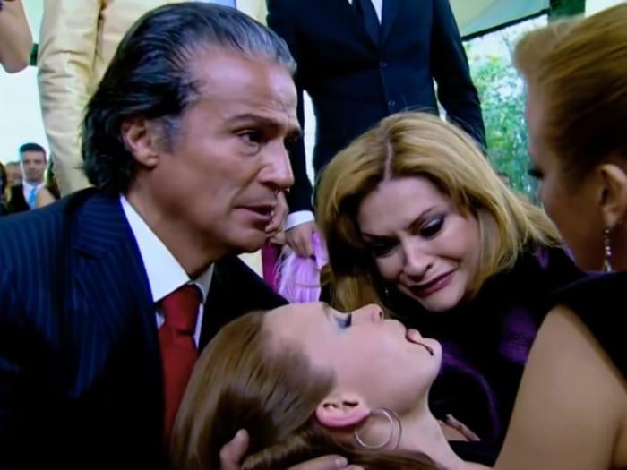 Roberta (Jessica Coch) terá um desfecho bastante trágico em 'Quando me Apaixono' (SBT)
