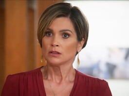 Flávia Alessandra como Helena em 'Salve-se Quem Puder' (Globo)